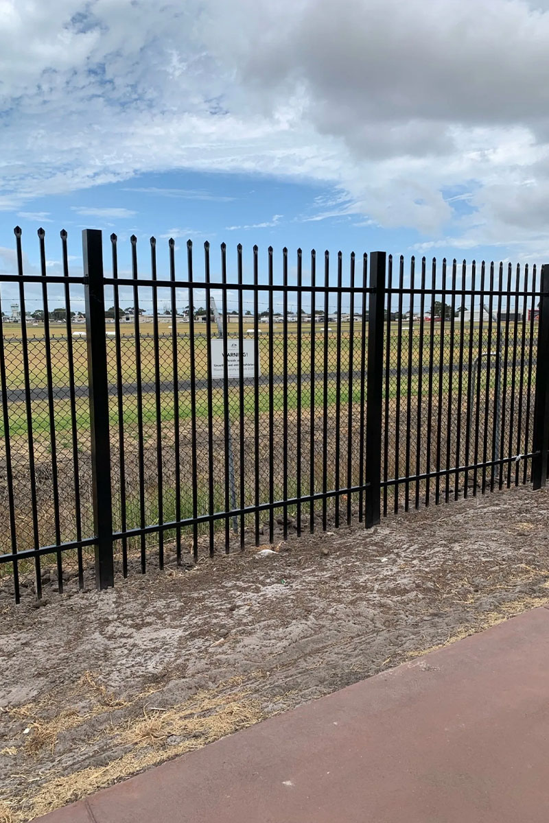 palisade and chain mesh fencing Melbourne