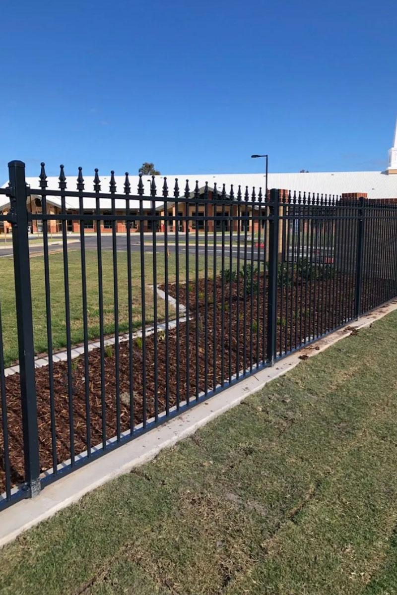 Tubular security fencing Melbourne