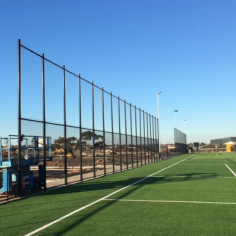 Commercial Chain Wire Fencing