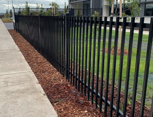 Steel Fencing VS Timber Fencing