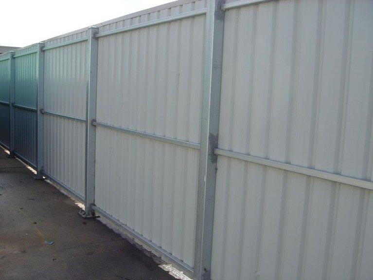 cream colorbond fence Melbourne