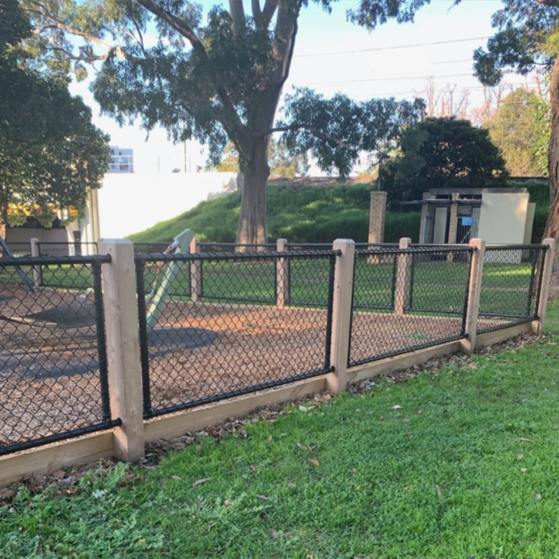 Playground in South Yarra - Chain Link Fence