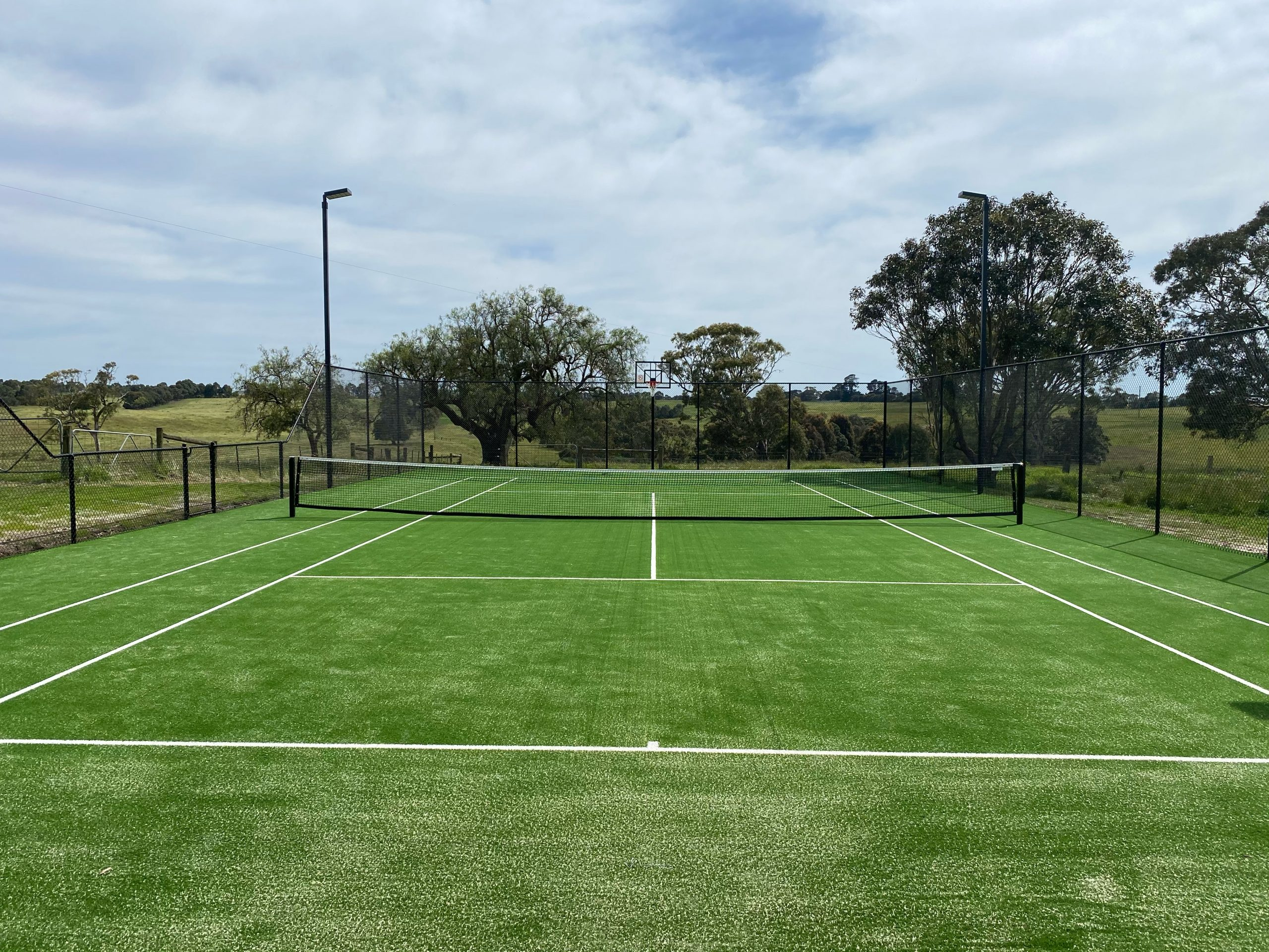 country victoria tennis enclosure fencing