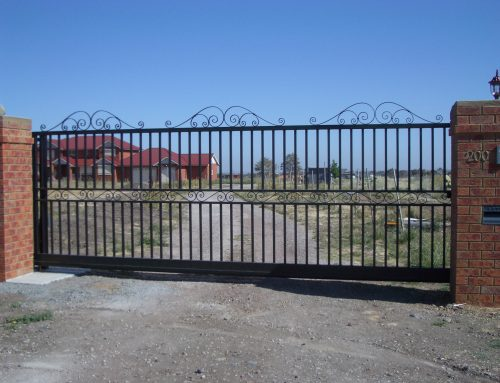 Gate and Fencing Ornaments